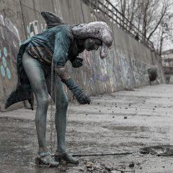 image by Geo Kalev
